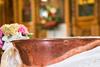 «Καμπάνα» 150 ευρώ και σε όσους συμμετέχουν σε υπεράριθμους γάμους και βαπτίσεις