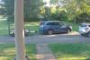 Λάστιχο αυτοκινήτου προσκρούει σε σπίτι με μεγάλη ταχύτητα