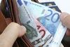 Τρίκαλα: Στρατιωτικός βρήκε πορτοφόλι με 1.000 ευρώ
