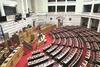 Βουλή: Θλίψη για τον πρόωρο χαμό του γιατρού Γιάννη Μητρόπουλου εξαιτίας του κορωνοϊού