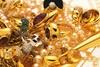 'Μαϊμού' ασφαλιστής άρπαξε κοσμήματα από ηλικιωμένη