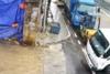 Φορτηγό μπαίνει γλιστρώντας με εντυπωσιακό τρόπο σε εργοστάσιο (video)
