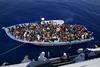 Συμφωνία Κομισιόν-Ελλάδας για νέο κέντρο υποδοχής μεταναστών στη Λέσβο