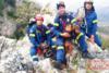 Καλάβρυτα: Εντυπωσιακή επιχείρηση διάσωσης δύο κυνηγετικών σκύλων (φωτο)