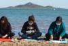 Ισπανία: Σχολείο στη Μούρθια μετέφερε τις τάξεις... στην παραλία