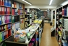 Πάτρα: Ελπίζουν στις λαμπάδες για το… άναμμα της κίνησης τα βιβλιοπωλεία