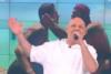 Νίκος Μουτσινάς: 'Eίδαμε το πρώτο φιλί μεταξύ αγοριών σε ελληνικό ριάλιτι, είναι η τηλεόραση του αύριο' (video)