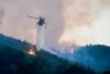 Σάμος: «Μάχη» για να ελεγχθεί το πύρινο μέτωπο - Προληπτική εκκένωση ξενοδοχείων, στο νησί ο αρχηγός της πυροσβεστικής
