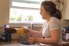 Επίδοξοι σεφ σε ένα βίντεο… σκέτη καταστροφή