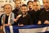 Ξεκαρδιστική φωτογραφία - Όταν ο ΣΥΡΙΖΑ συνάντησε τους Koza Mostra!