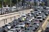 Πάτρα: 295 ανασφάλιστα οχήματα εντόπισε η Τροχαία στο κέντρο - Ποια είναι τα πρόστιμα