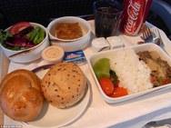 Τα περίεργα φαγητά του αεροπλάνου που δεν καταλαβαίνεις από τι φτιάχνονται (pics)