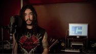 Τραγουδώντας 20 ερωτικά τραγούδια με διαφορετικό στυλ (video)