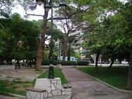 Πάτρα: Η πλατεία Όλγας περιτριγυρισμένη από νεοκλασικά κτίρια (pic)