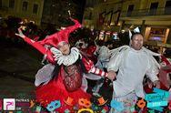 «Τσικι ντι γκλομ»: Το γκρουπ που έφτιαξε έναν δικό του υπέροχο κόσμο για χάρη του καρναβαλιού (pics)