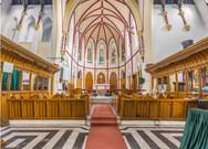 Εντυπωσιακές εικόνες - Εκκλησίες φωτογραφίζονται σε κάθετο πανόραμα! (pics)