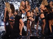 Οι Άγγελοι της Victoria' s Secret στη Μύκονο (video)