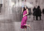 Απίστευτο: Η αόρατη ομπρέλα που διώχνει την βροχή (video)