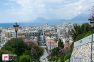Πάτρα: Στο έλεος της φθοράς οι σκάλες της Αγίου Νικολάου - Δείτε φωτογραφίες