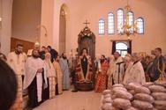 Πάτρα: Πλήθος κόσμου στις εκκλησίες του Αγίου Γεωργίου (pics)