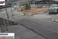 Πενσιλβάνια - Γέφυρα πέφτει μαζί με τους εργάτες που ήταν πάνω της (video)