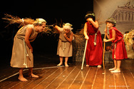 """Εντυπωσίασε η θεατρική παράσταση """"Λυσιστράτη""""στο θέατρο Επίκεντρο (pics)"""
