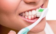 Κλασική vs ηλεκτρική οδοντόβουρτσα