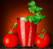Χυμός τομάτας: Ένα superfood που αναζωογονεί τον οργανισμό και το δέρμα