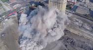 Drone καταγράφει την κατεδάφιση παλιού κτηρίου! (video)