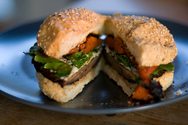 Συνταγή για πεντανόστιμο μανιταρο-burger