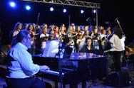 Πάνω από 3.000 θεατές στο Διακοπτό, για τη συναυλία της Φωτεινής Δάρρα και του Δημήτρη Παπαδημητρίου (pics+video)