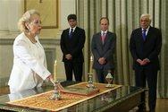 Η νέα υπηρεσιακή Κυβέρνηση έχει άρωμα... γυναίκας (pics)