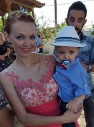 Τάσος Γαβριλιάδης & Έμυ Σιδέρη - Βάπτισαν τον γιo τους!