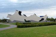 Ένα εκπληκτικό κτήριο με… ασυνήθιστο σχήμα! (pics)
