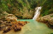 """Η εντυπωσιακή """"γαλάζια λίμνη"""" στη Μεσσηνία! (pics+video)"""
