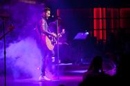 Ο Σάκης Ρουβάς και οι Onirama ξεσήκωσαν τη Θεσσαλονίκη σε ένα εκρηκτικό μουσικό party (pics)