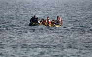 Τelegraph: 'Απίστευτο, μέσα σε έξι ημέρες 56.000 μετανάστες πέρασαν από την Ελλάδα'