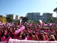 Pink the city: Η Πάτρα 'βάφτηκε' ροζ και γιόρτασε την ελπίδα