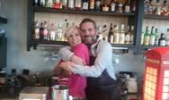 Η Χρύσα Ρώπα κέρδισε τους πάντες με το κέφι της στο 'Pink the City' της Πάτρας