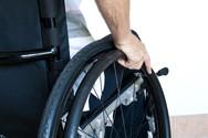 Πάτρα: Ο 'Γολγοθάς' ενός εκπαιδευτικού με αναπηρικό αμαξίδιο - Τον τοποθετούν σε σχολείο χωρίς πρόσβαση για ΑμεΑ