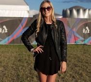 Πως φοράνε το μαύρο φόρεμα οι fashionistas σε Παρίσι, Μιλάνο και άλλες πρωτεύουσες της μόδας; (pics)