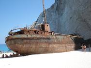 Η ιστορία πίσω από το Ναυάγιο της Ζακύνθου (pics+video)