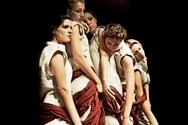 Πάτρα: Το θέατρο Λιθογραφείον τιμάει το Πολυτεχνείο (pics+video)