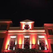 Oι πρώτες χριστουγεννιάτικες βιτρίνες στην Πάτρα!