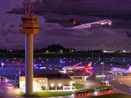 Αυτό είναι το μεγαλύτερο αεροδρόμιο-μινιατούρα στον κόσμο! (pics)