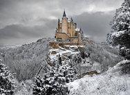 Όταν το χιόνι πέφτει, τα τοπία μοιάζουν πιο όμορφα από ποτέ! (pics)