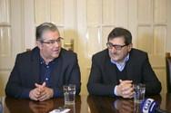 Στο Δημαρχείο της Πάτρας ο Δημήτρης Κουτσούμπας, τα είπε με τον Κώστα Πελετίδη (pics)