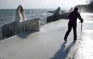 Τα εντυπωσιακά παγωμένα 'γλυπτά' της Γενεύης (pics+video)