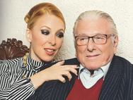 Πατέρας στα 84 του ο Κώστας Βουτσάς