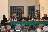 Παρουσιάστηκε στο Αίγιο το νέο βιβλίο του Σωτήρη Σαμπάνη 'Σκανταλόπετρα'! (pics)